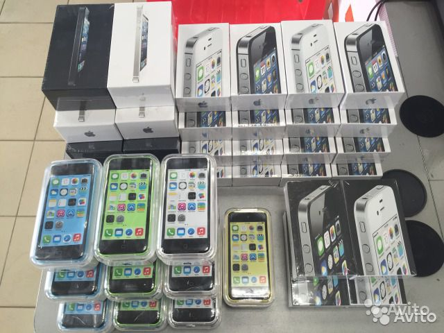 Кроме традиционных мобильных телефонов и цифровой техники в магазине представлен широкий выбор бытовой техники для