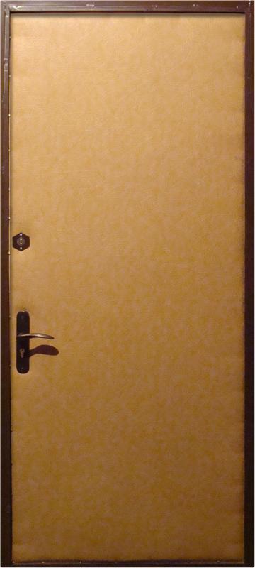 стальные двери с винилискожей внутри